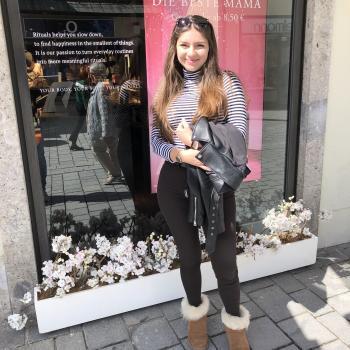 Babysitter Köln: Floriana