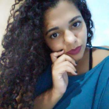Babá Vila Velha: Mirian