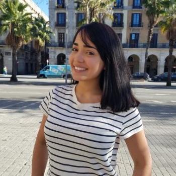 Babysitter Barcelona Estates: Fabiola