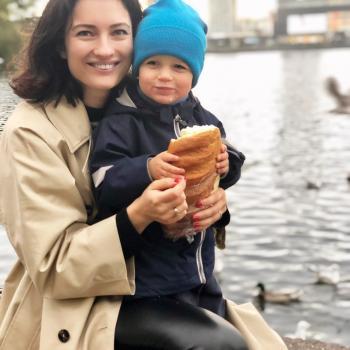 Babysitting Jobs in Vienna: babysitting job Anya