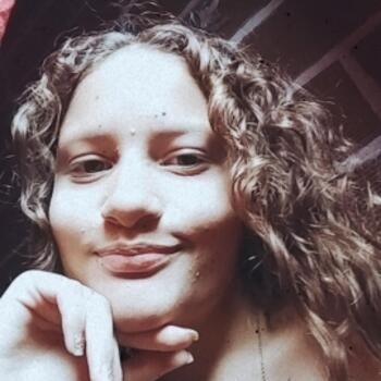 Babysitter in Medellín: Lesly Sierra
