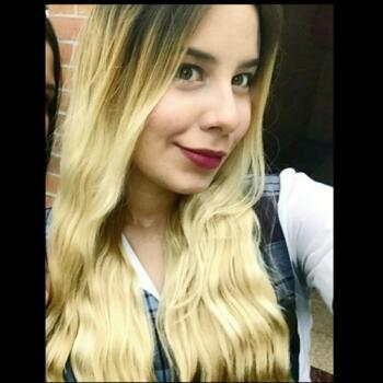 Babysitter Medellín: LAURA