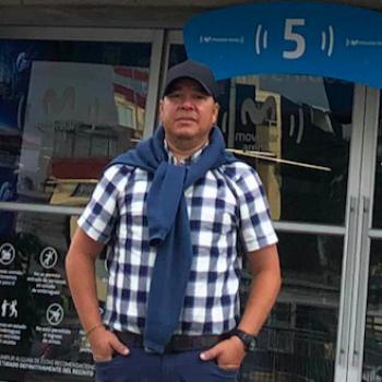 Babysitting job Medellín: babysitting job RODRIGO