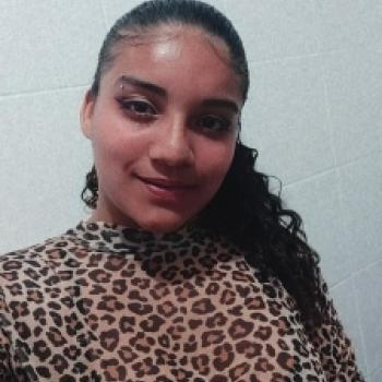 Babá Guarujá: Ingrid