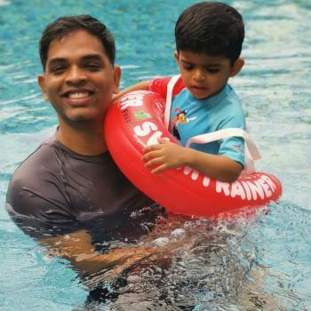 父母 新加坡: Sandeep