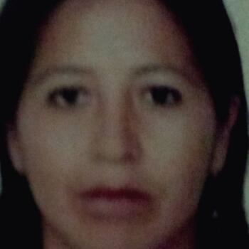Niñera en Chimbote: Gloria Mendieta