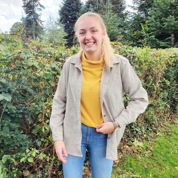 Babysitter in Eupen: Flora