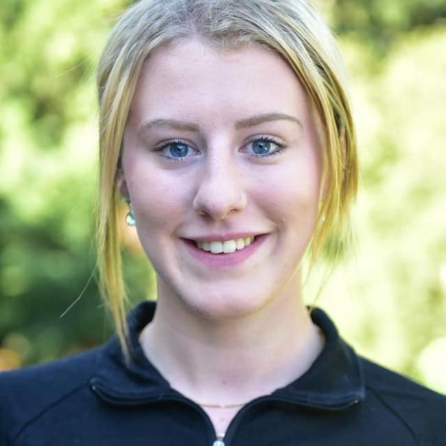 Babysitter in Dunedin: Caitlin