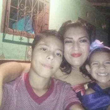 Niñera en Sabanilla: Laura Estela