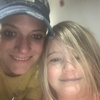 Babysitting job Omaha: babysitting job Brandi