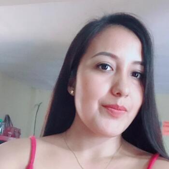 Niñera en Acapulco: Hilda