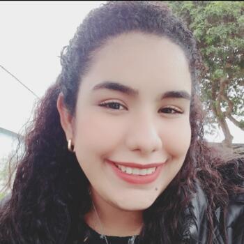 Niñera en El Callao: Genesis