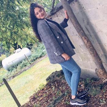 Baby-sitter Auvelais: Manal