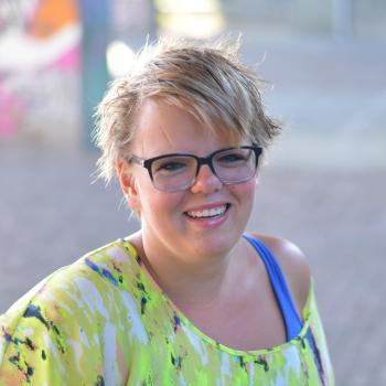 Oppas Hendrik-Ido-Ambacht: Esther