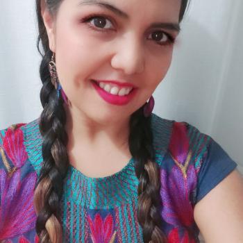 Trabajo de niñera en La Joya: trabajo de niñera Xochitl