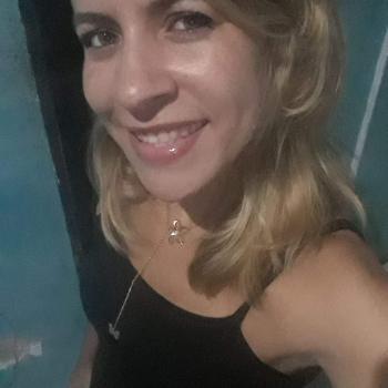 Babá Salvador: Adriana