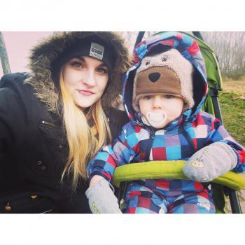 Eltern Putbus: Babysitter Job Lorraine