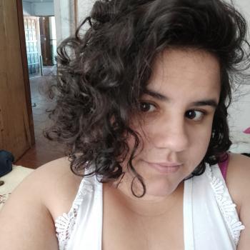 Babá em Londrina: Luana