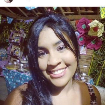 Babysitter in Maceió: Sanielle