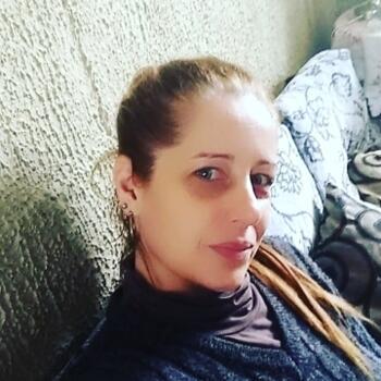 Babá em Pelotas: Raquel