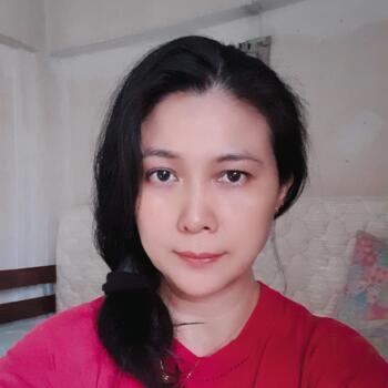 保母 新加坡: May