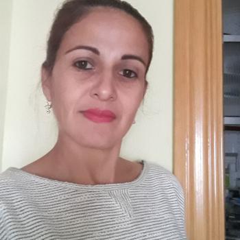 Niñera Les Roquetes: Sara Rojas