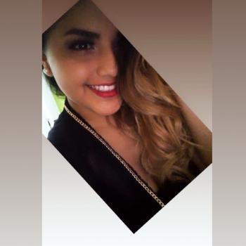 Niñera Lima: Yadelí
