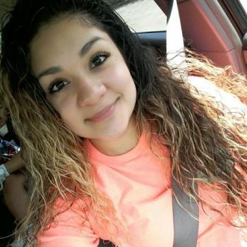 Babysitter Houston: Melissa