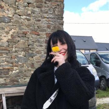 Baby-sitter Courbevoie: Emma