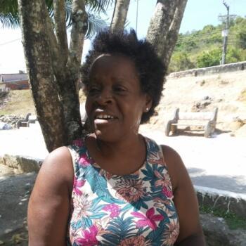 Babá em Aracaju: Márcia