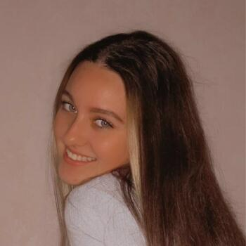 Baby-sitter in Angers: Celia