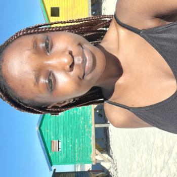 Babysitter Cape Town: Victoria