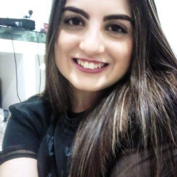 Babysitter in Brasília: Lorena