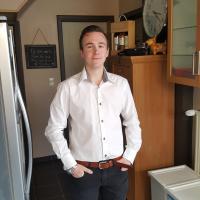 Babysit Kessel-Lo: Niels