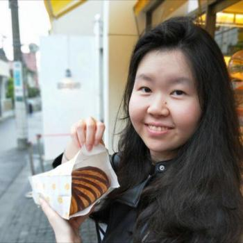 Babysitters in Singapore: Cheryl