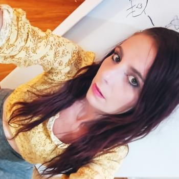 Babysitting job in Canberra: babysitting job Kirsty