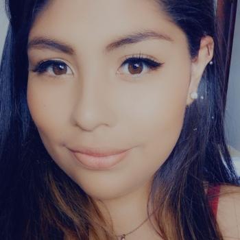 Babysitter in San Rafael Arriba: Nicole