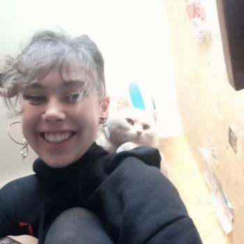 Baby-sitter in Saint-Martin-d'Hères: Ayla
