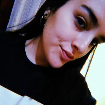 Niñera Isidro Casanova: Carla