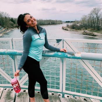 Babysitter Calgary: Emilia