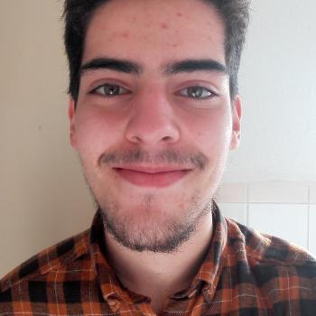 Babysitter Almada: Tiago