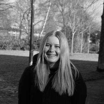 Oppas in Apeldoorn: Julia