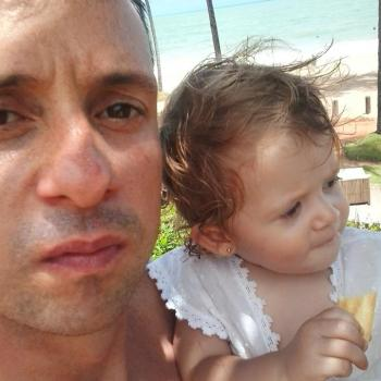 Emprego de babá em Maringá: emprego de babá Rafael