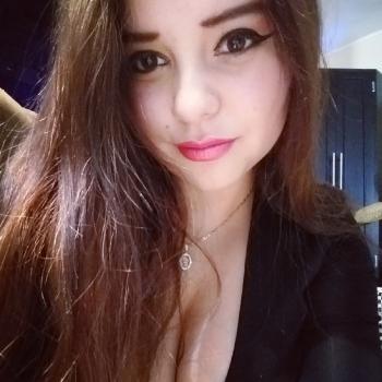Niñera Tonalá: Thania jazmin