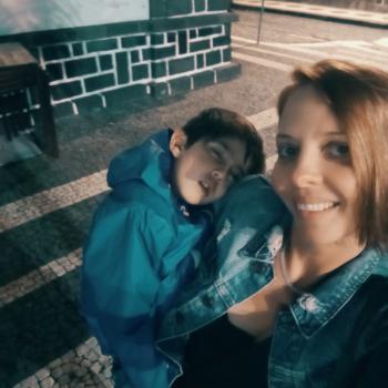 Trabalho de babysitting em Ponta Delgada: Trabalho de babysitting Gina