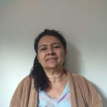 Babá em Cascavel: Maria
