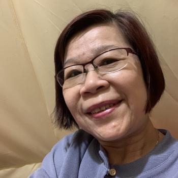 Babysitter Singapore: Valerie