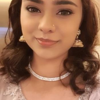 Babysitter in Singapore: Krisha