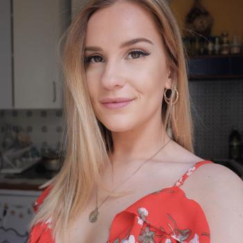 Babysitter Firenze: Anndya