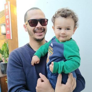 Emprego de babá em Palhoça: emprego de babá Rodrigo